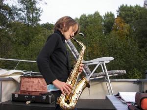 Auf dem freecamper-Oberdeck wird Hausmusik gemacht