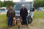 Mit Wohnmobil und zwei Hunden auf dem freecamper freewatüüt