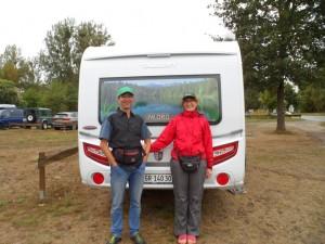 die Schweizer haben Camping auf dem Wasser gemacht und fanden die Marina Himmelpfort toll